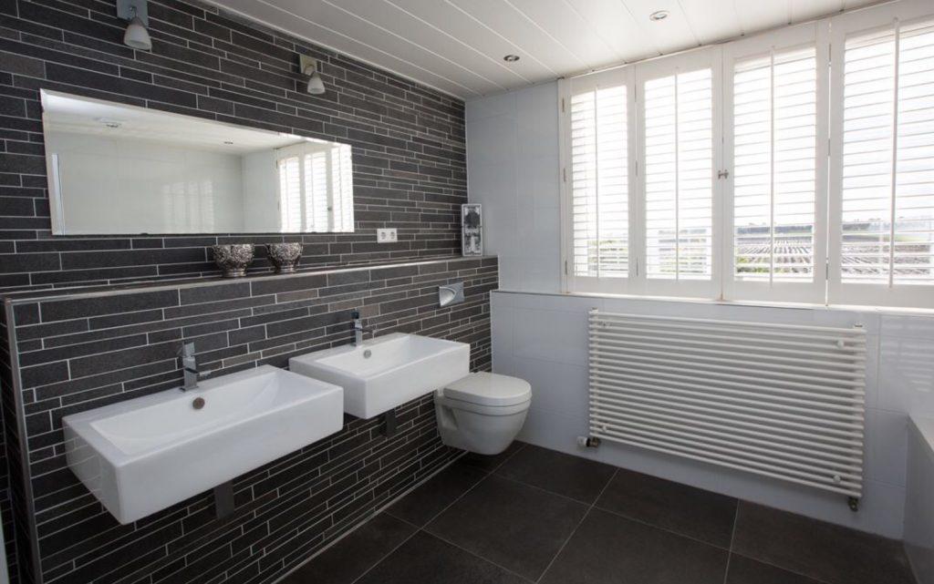 Diverse badkamer en toilet - Aannemingsbedrijf John de Vos